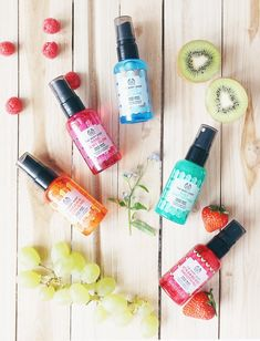 The Body Shop Face mist - Different and Beautiful Ideas Body Shop Store, Body Shop Online, Body Shop At Home, The Body Shop, Face Mist, Body Mist, Rainbow Spa, Body Shop Skincare, Body Shop Tea Tree