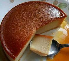 ΥΛΙΚΑ ΚΑΙ ΕΚΤΕΛΕΣΗ: 1 λίτρο γάλα, 7 κουταλιές της σούπας ζάχαρη, 6 αυγά, 2 βανίλιες! ΚΑΡΑΜΕΛΑ: 10 κουταλιές της σούπας.ζάχαρη, ... Greek Sweets, Greek Desserts, Pudding Desserts, Greek Recipes, Desert Recipes, Sweets Recipes, Cooking Recipes, Flan Cake, Cheesecake Recipes