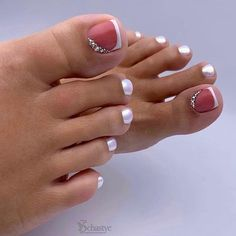 Semi-permanent varnish, false nails, patches: which manicure to choose? - My Nails Pretty Toe Nails, Cute Toe Nails, My Nails, Cute Toes, Toe Nail Color, Toe Nail Art, Nail Colors, Nail Art Pieds, Manicure E Pedicure