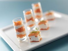 Best Appetizers For Party Finger Foods Shot Glasses Ideas Party Finger Foods, Party Snacks, Appetizers For Party, Appetizer Recipes, Easy Snacks For Kids, Fingerfood Party, Romantic Meals, Buffet, Mousse