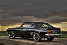 The classic Ford Capri My all time favourite car! Ford Capri, Ford Motor Company, Retro Cars, Vintage Cars, Car Flash, Classic Car Restoration, Ford Classic Cars, Old Fords, Classic Motors