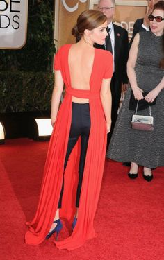 Emma Watson @Lauren Ramos I figured out why she was wearing tights underneath..what the heck? It's like a snuggie