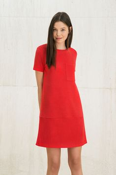 Vestido rojo corto de silueta A de Bershka