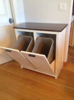 Diy Kitchen Garbage Can Storage - My Wife Asked Me To Build Something To Hide The Trash And Diy Trash Can Cabinet Projects Instructions Home Kitchens How To Make A Diy Pull Out Trash C. Diy Home Decor Projects, Diy Wood Projects, Home Decor Ideas, Trash Can Cabinet, Cocina Diy, Drawer Design, Kitchen Drawers, Kitchen Cabinets, Kitchen Pantry