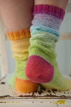 Greenwich Village Knitting pattern by Rosee Woodland Arm Knitting, Knitting Socks, Knitting Patterns, Knitted Socks Free Pattern, Yarn Projects, Knitting Projects, Laine Rowan, Aran Weight Yarn, Knit Stockings