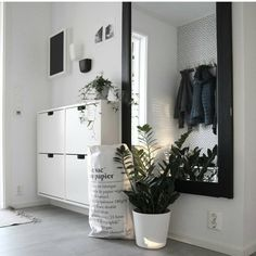 My most liked image in 2017 asked by nice ♡ Thank you for thinking . - My most liked photo in 2017 asked by nice ♡ Thank you for thinking about me ♡ Will - Room Inspiration, Interior Inspiration, Small Hallway Decorating, Decoration Hall, Flur Design, Apartment Entryway, Hallway Furniture, Small Hallways, Bedroom Decor