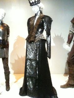 CHARLIZE THERON'S COSTUMES ARMOR COSTUME FROM SNOW WHITE AND THE HUNTSMAN DESIGNED BY OSCAR WINNER COLEEN ATWOOD