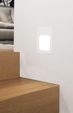 LEDlux Foro Rectangle Steplight in White.