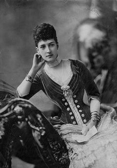 QUEEN ALEXANDRA OF ENGLAND (PRINCESS ALEXANDRA OF DENMARK)