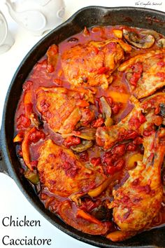 Chicken Cacciatore ~ Simple skillet dinner of chicken, onions, peppers, and mushrooms in an herbed diced tomatoes sauce ~ The Complete Savorist by Michelle De La Cerda Chicken Peppers And Onions, Onion Chicken, Diced Chicken, Chicken Stuffed Peppers, Stuffed Whole Chicken, Keto Chicken, Recipes With Diced Tomatoes, Cacciatore Recipes, Fungi