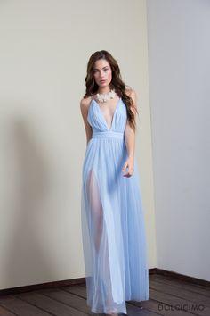 Si se trata de convertirte en la mas chic de la fiesta, este es el vestido correcto.