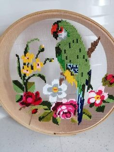 Mini Cross Stitch, Cross Stitch Rose, Cross Stitch Animals, Cross Stitching, Cross Stitch Embroidery, Embroidery Patterns, Cross Stitch Designs, Cross Stitch Patterns, Birds
