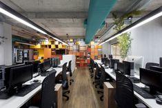 SLA Propaganda Office by NR Arquitetura - Office Snapshots
