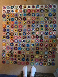 Flowers in the snow progress pic | 209 circles (1 accidental… | Flickr