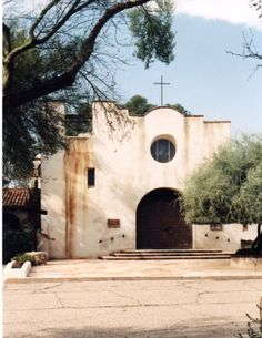 St. Phillips in the Hills, Tucson, AZ: a large, vibrant church in the city, beautiful in worship and service.