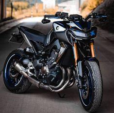 Mt 09 Yamaha, Yamaha Motorcycles, Yamaha Tw200, Fz Bike, Motorcycle Bike, Bike India, Yamaha Sport, Motorbike Design, Bike Photoshoot