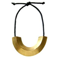 This Mary McFadden necklace is stunning