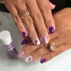 Desenhos de flores para unhas, varios modelos Gel Nails, Nail Polish, Nail Designs Spring, Nail Tutorials, Nail Arts, Spring Nails, Wedding Nails, Cute Nails, Hair And Nails
