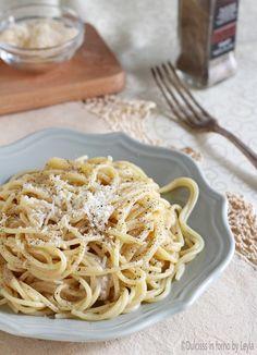 Spaghetti cacio e pepe Dulcisss in forno by Leyla