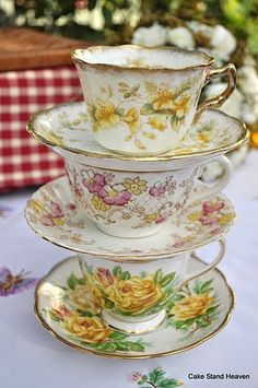 Victorian Teacups and Saucers!