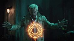"a Aranya ""the Phoenix"" Ver'Sarn Constantine Hellblazer, John Constantine, Fantasy Inspiration, Character Inspiration, Magia Dc, Magia Elemental, Justice League Dark, Dc Tv Shows, Univers Dc"