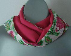ON SALE Floral Infinity women scarf, Multicolour reversible circle neck wrap, Double face, Fuschia, Violet, Green colors, Women fashion, lig - €14.28 EUR