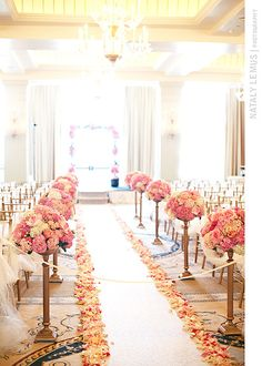 The unknown unknowns of your wedding flowers...known. Photo by Nataly Lemus. #LosAngeleswedding