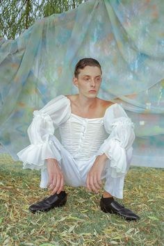 Styling Tishanna CarnevaleMake up and Hair Kristal Archambault Model Guillaume Gauthier with Dulcedo Models Photography & Art Direction Feng… Grey Gardens, Pansies, Art Direction, Art Photography, Models, Hair, Baroque, Beautiful, Style