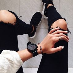 ripped black jeans are always a good idea #topshop