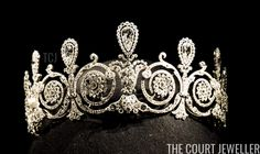 Royal Jewels, Crown Jewels, Cartier, Princess Jewelry, Diamond Tiara, You Look Beautiful, Tiaras And Crowns, Belle Epoque, Jewelery