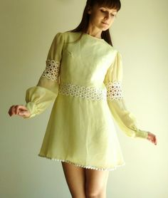 yellow 60s dress on a dime