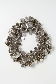Silver Metallic Floral Wreath  #holidayentertaining