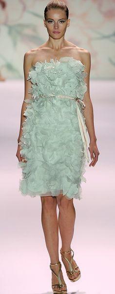 Monique Lhuillier, spring 2011