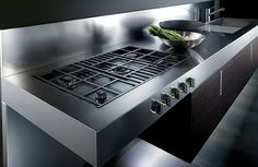 Barazza has recently expanded its collection of modern stainless steel gas cooktops, adding the new Made to Measure custom line of high performance gas cooktops Read Modern Kitchen Cabinets, Kitchen Worktop, Kitchen Appliances, Oven And Hob, Built In Ovens, Kitchen Upgrades, Contemporary Kitchen Design, Amazing Bathrooms, Decoration