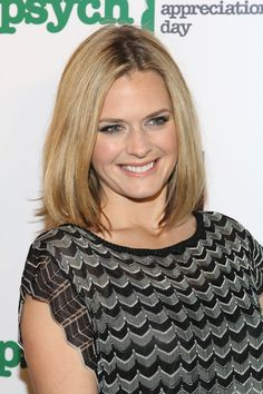 maggie lawson photos eyes style hair pics pictures images dress b Maggie Lawson, Usa Network, Great Smiles, Episode Guide, Interview, Actresses, Actors, Eyes, Hair Styles