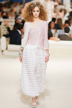 Chanel | Cruise/Resort 2015 Collection via Karl Lagerfeld | Nice ensemble Modeled by Lindsey Wixson | May 13, 2014; Dubai | Style.com