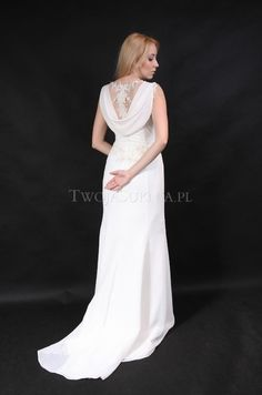 http://twojasuknia.pl/suknia-slubna,Aneta-Parandyk,24,2014,item,33157.html