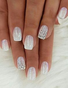 There are three kinds of fake nails which all come from the family of plastics. Acrylic nails are a liquid and powder mix. They are mixed in front of you and then they are brushed onto your nails and shaped. These nails are air dried. Shiny Nails, My Nails, Dark Nails, Cute Nails, Pretty Nails, Prom Nails, Nails 2018, Wedding Gel Nails, Wedding Pedicure