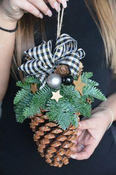 Large Pine Cone Fresh Spruce Christmas door FlowerinasDecor