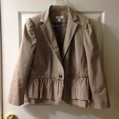Ann Taylor lift petites blazer Adorable ruffle detail! Color goes great with black pants and jeans! Perfect work to dinner jacket. Ann Taylor Jackets & Coats Blazers