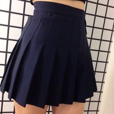 AMERICAN APPAREL tennis skirt In great condition. A great addition to any closet! American Apparel Skirts