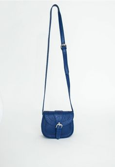 Ricardina Mini Saddle Bag With Cut Out Detail - Bags And Purses - Missguided