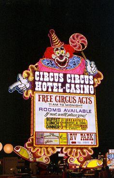 Vegas Circus-Circus Neon Sign - 1982