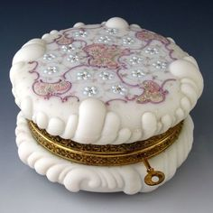 Rare Antique Wave Crest Dresser Box Baroque Shell Working Lock  Key!