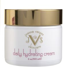 Moisturize Your Skin for More Youthful, Smooth And Radiant Skin