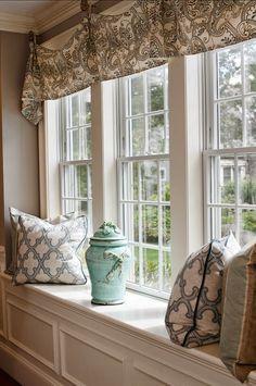 Merveilleux Love The Straight Valence Look | VORHÄNGE U0026 WANDGESTALTUNG | Pinterest |  Window, Modern Window Treatments And Window Dressings