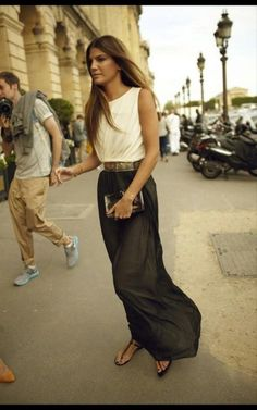 I love maxi skirts. You can go super casual to all glam by just switching the shoes from sandals to pumps.