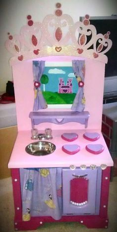 Mini Princess n' Hearts Kitchen. Complete with a view of a castle, diamond accents, glitter tiara, heart burners and crystal heart knobs. $290     http://www.facebook.com/pages/Kid-Murals-by-Dana-Railey/185489341492985