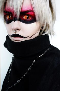 Spooky and Creepy Makeup Looks To Try on Halloween Night