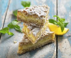 Daisy is proud to offer our delicious Lemon Bars recipe! Bring this easy to make dessert to your next party for everyone to enjoy. Spring Desserts, Köstliche Desserts, Delicious Desserts, Dessert Recipes, Yummy Food, Daisy Sour Cream, Lemon Cake Mixes, Easy To Make Desserts, Glass Baking Dish